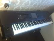 синтезатор  (проф. рабочая станция) KRONOS 88